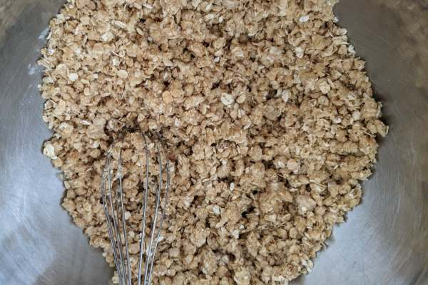 Dry mix with butter to make a kidney friendly crumble.